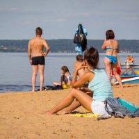 На пляже... :: Роман Царев