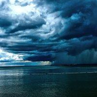 Дождь над Океаном :: Alexander Dementev