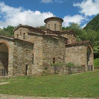 Северный храм,10 век :: Владимир Лебедев