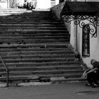 в старом дворике :: Наталья Сазонова