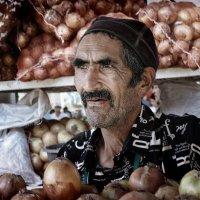 Ташкент.... продавец лука :: ВЛАДИМИР