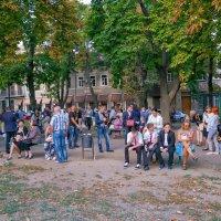 Первое сентября у одесских школ... :: Вахтанг Хантадзе