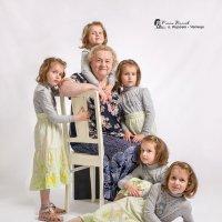 Счастливая бабушка! :: Ринат Валиев