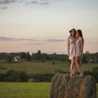Девушки на рулоне :: Женя Рыжов
