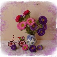 Осенние цветы и  велосипед :: Nina Yudicheva