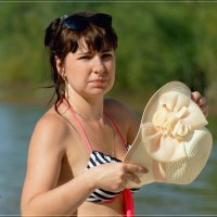 Дама со шляпкой. :: Anatol Livtsov
