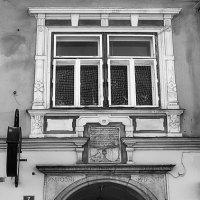 Средневековый дворик :: M Marikfoto