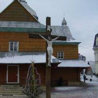 Деревянный   крест   в    Надворной :: Андрей  Васильевич Коляскин