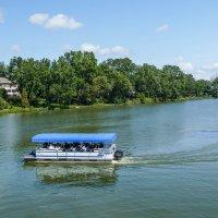 Мы путешествуем по реке Айвон (г.Стратфорд, Канада) :: Юрий Поляков