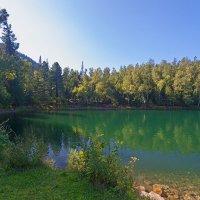 Изумрудный цвет воды :: Анатолий Иргл