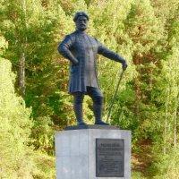 Памятник И. Б. Твердышеву :: Вера Щукина
