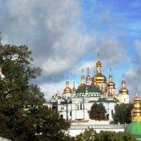 Золотые купола лавры :: Oleg Ustinov