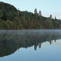 Легкая дымка на воде :: Alexander Andronik