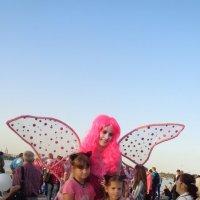У каждого ребёнка есть ангел-хранитель!... :: Алекс Аро Аро