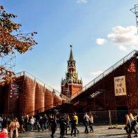 Красная площадь на День города... :: Анатолий Колосов