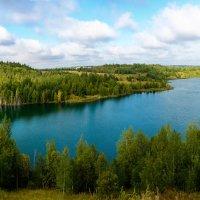 Карьер с голубой водой :: Виктор Зенин