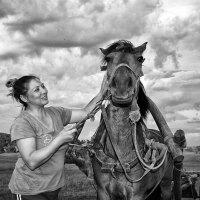 Коня на скаку остановит... :: Евгений Юрков
