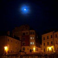 ночь в старом городе :: Евгений Мельников