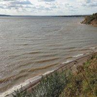 Бабье лето в устье реки Чусовой :: Валерий Конев