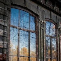 Осеннее окно :: Валерий Кокин