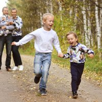 Семейная прогулка :: Яна Спирина