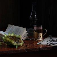 Осенью темнеет  рано... :: Наталья Казанцева