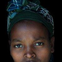 Женщина из племени Гураге :: Евгений Печенин