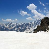 На ледовом плато :: Михаил Баевский