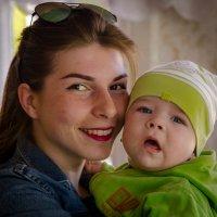 молодая Мама :: Валерий Гудков