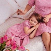 Счастливая малышка. :: oksana sivtunova