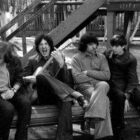 А у нас во дворе... 1974 (май) :: Игорь Смолин