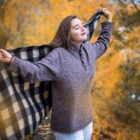 Вдыхая Осень :: Евгений Банных
