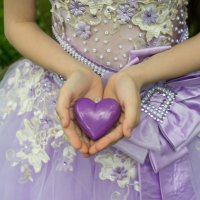 Сердце в руках :: Ирина Вайнбранд