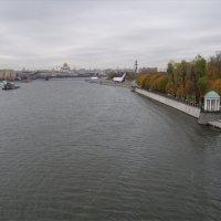 Вид на Москву-реку с Андреевского моста :: Анна Воробьева