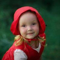 Красная шапочка :: Марина Ильюшенко
