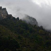 В горах Кармадонского ущелья :: Сергей