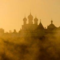 Рассвет у монастыря :: Сергей Калистратов