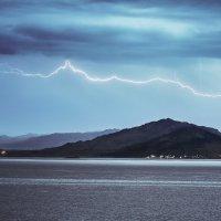 Горизонтальная молния :: Егор Балясов