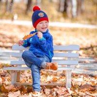 И пусть на дворе осень, зато в душе весна!!!!!!! :: Виталий Левшов