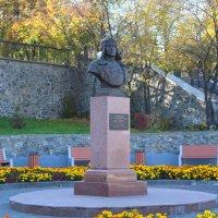 Памятник Челнокову :: Roman PETROV