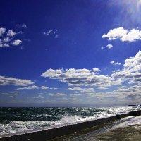 Небо, солнце, море :: Людмила