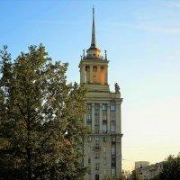 Москва совсем рядом... :: Sergey Gordoff
