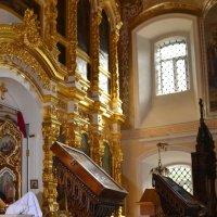 в Храме :: Наталия Кожанова