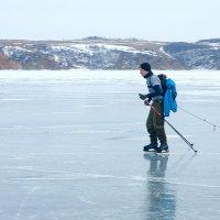 На коньках по льду :: Анатолий Иргл