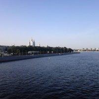 Санкт-Петербург. Смольная набережная. :: Лариса (Phinikia) Двойникова