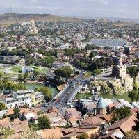 Вид на город Тбилиси из крепости Нарикала... :: Cергей Павлович