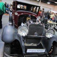 Старинное авто приносит людям счастье :: Дмитрий Никитин