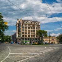 На Тираспольской площади перед июльским дождем... :: Вахтанг Хантадзе