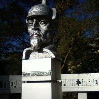 На площади Дзержинского :: Dana