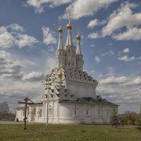 Трёхшатровая Одигитриевская церковь :: Марина Назарова